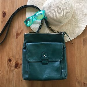 Relic crossbody Purse in forest green